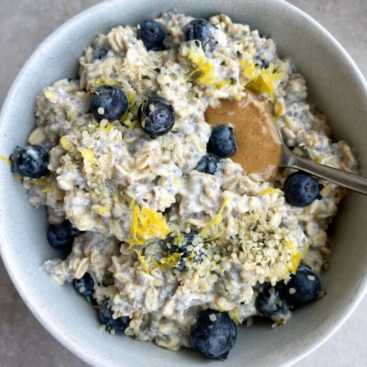 Blueberry Lemon Overnight Oats