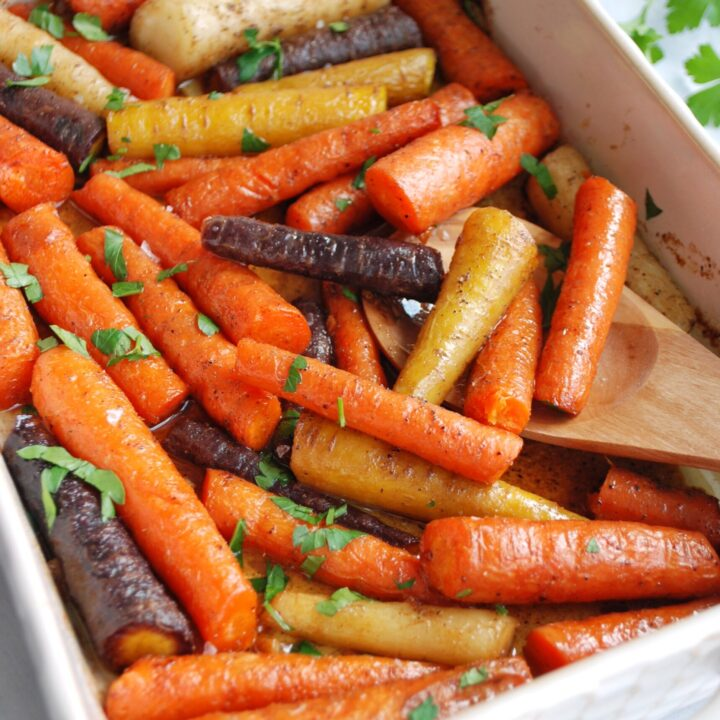 Honey Garlic Butter Roasted Carrots