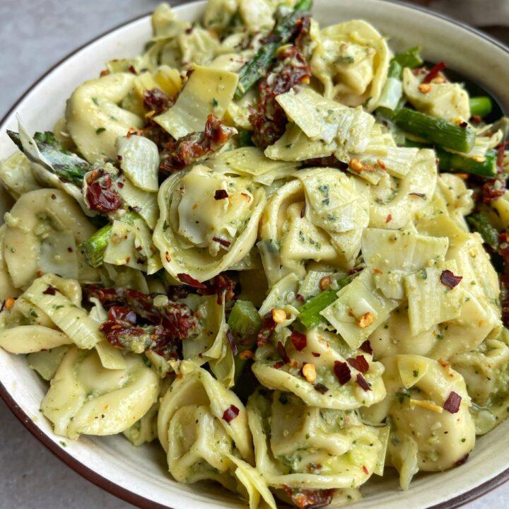 Easy Tortellini Pesto Pasta